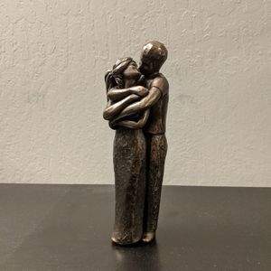 """Other - Kissing """"Bronze"""" Couple Statue"""